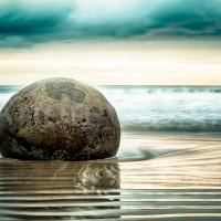 New Zealand: Moeraki Boulders 3